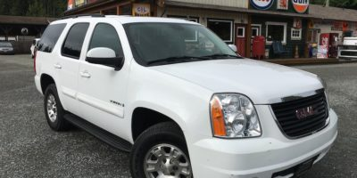 2008 GMC Yukon 4X49 Passenger with Leather!